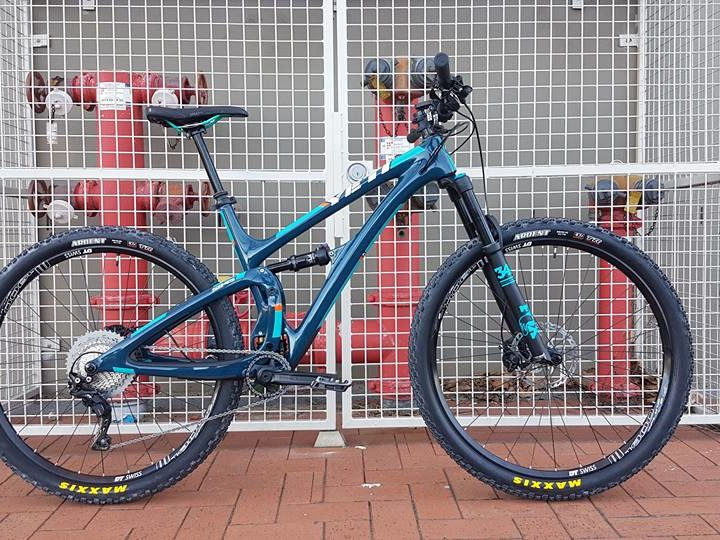 Matt's Yeti SB4.5 Carbon Series