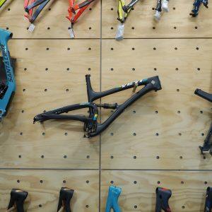 Yeti Cycles SB5+ Turq Series - Black - Frame Only '17 (Melb Stock)